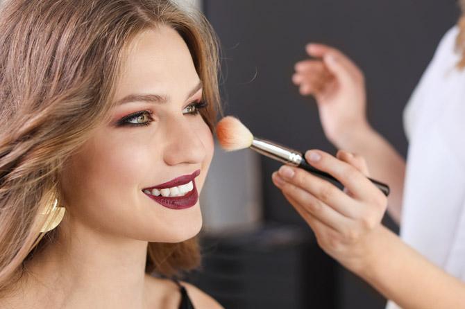Giornata Bionike GRATUITA analisi pelle viso e trucco 30 settembre